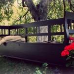 bancuta de lemn vintage de culoare neagra pentru gradina model vintage black magazin decovintage