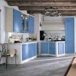 bucatrie inzidita stil toscan bleu cu alb