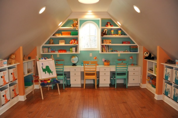 camera joaca copii mansarda
