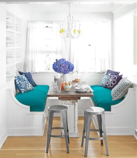 canapele banchete loc de luat masa bucatarie mica si ingusta