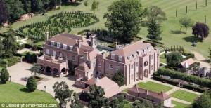 Palatul Beckingham detinut de David Beckham scos la vanzare