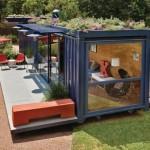 casa de vacanta construita dintr un container maritim second hand