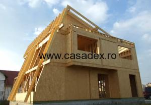 Constructia unei case cu etaj, lemn si OSB – Video