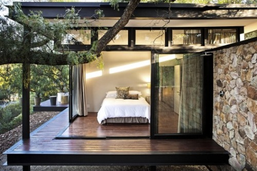 casa sticla structura metalica