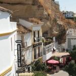 case construite in stanca sat setenil de las botegas spania