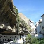 case construite sub stanca sat setenil de las botegas spania