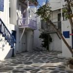 case mici cu balcon de pe insula Mykono