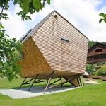 casuta ecologica ufogel tirol austria vedere exterior dranita lemn vedere spate