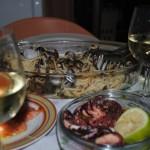 cina paste cu scoici si vin alb