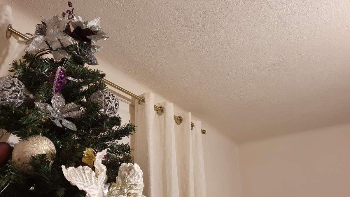 colt tavan izolat fonic cu vata
