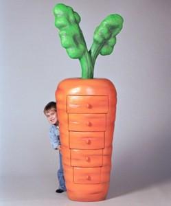 comoda cu sertare pentru copii in forma de morcov designer judson beaumont
