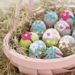 cosulet decorativ de paste plin cu oua vopsite si decorate