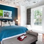 decor albastru perete dormitor culoarea anului 2014