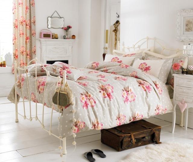decor dormitor imprimeu floral