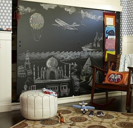 decor tabla de scris perete sufragerie