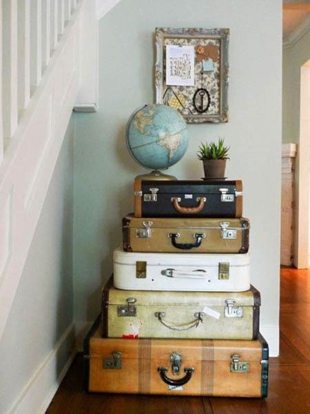 decor vintage din geamantane si valize vechi
