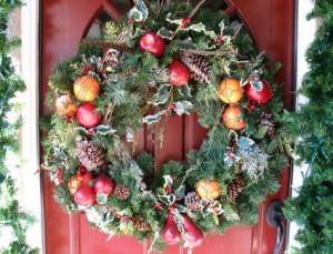 Idei decoratiuni de Craciun, pentru usa de exterior