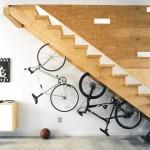 depozitare biciclete dedesubt scara interioara design modern