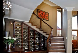 depozitare vin sub scara