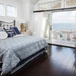 design amenajare dormitor rustic pardoseala lemn culoare inchisa