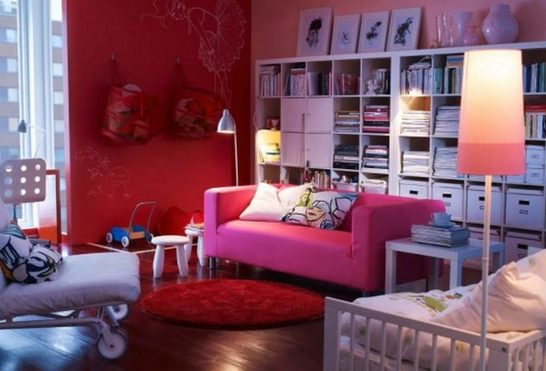 design living modern colorat alb roz si rosu mobila ikea