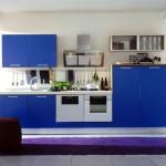 design mobila albastra bucatarie moderna