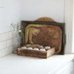 detaliu decor blat de lucru bucatarie obiecte vintage
