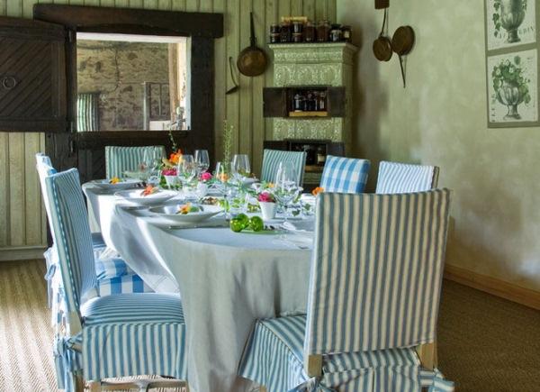 dining in stil rustic francez