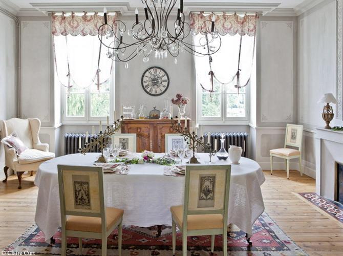 dining stil clasic