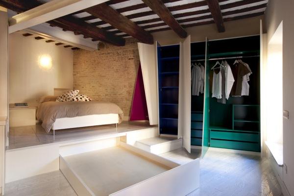dormitor apartament mic bloc