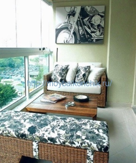 dormitor balcon mic