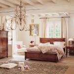 dormitor crem mobila lemn masiv culoare nuc