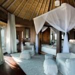 dormitor matrimonial mare cabana de lux africa de sud