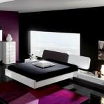 dormitor modern decor negru alb si roz purpuriu