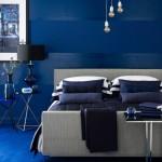 dormitor modern decorat in albastru culoarea anului 2014