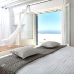 dormitor modern minimalist decor alb casa grecia
