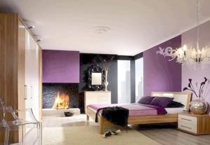 dormitor modern pereti accente cromatice roz purpuriu culoarea anului 2014