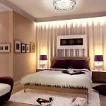 dormitor nuanta migdalei accente cromatice violet si ciocolatii