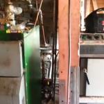 VIDEO: doua centrale pe lemne legate la un singur puffer