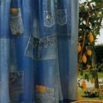 draperii pentru terasa sau balcon din mai multe perechi de blugi reciclate