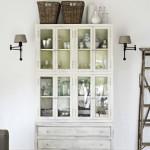 dulap vitrina din lemn masiv vintage decor casa designer norvegian
