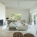 exemplu amenajare sufragerie moderna minimalista cu accente rustice
