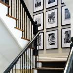 exemplu expunere fotografii familie perete scara interioara