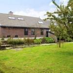 exterior fost grajd transformat in casa olanda