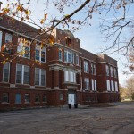 fatada scoala veche abandonata din manheim park kansas city