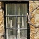 fereastra casuta medievala din piatra bibury cel mai frumos sat din anglia