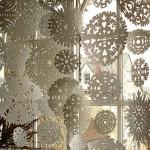 fulgi de hartie ornament craciun pentru fereastra