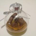 glob transparent sticla cu urina si fecale