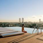 Piscine in aer liber, amplasate pe acoperisurile hotelurilor