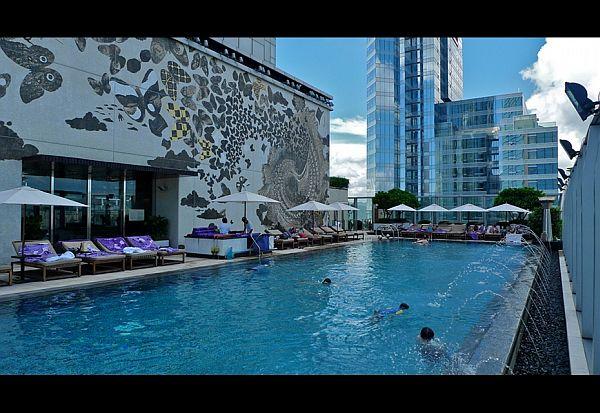 hotel cu piscina